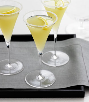 Feb 23,  · This is such an easy cocktail to make, whether it is for a party with friends, or for a quiet Friday date night at home, make this Lemon Drop Martini! It is made with only three ingredients – vodka, freshly squeezed lemon, and simple syrup/5(22).